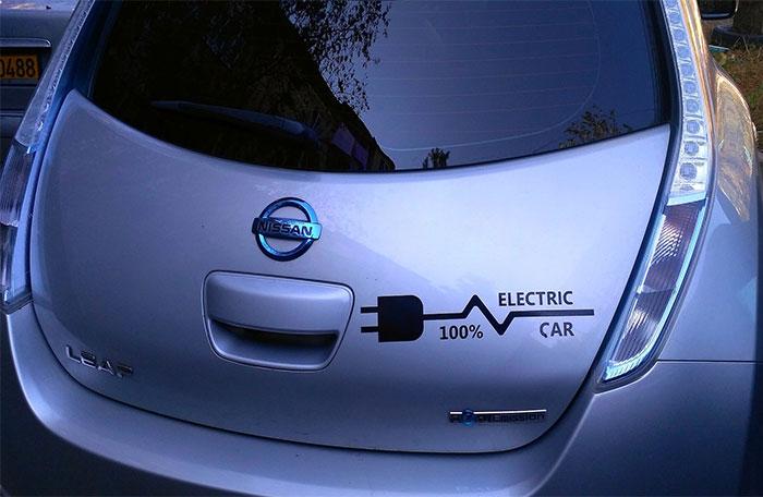Post-billede-6-elbiler-til-den-store-familie-Nissan-LEAF
