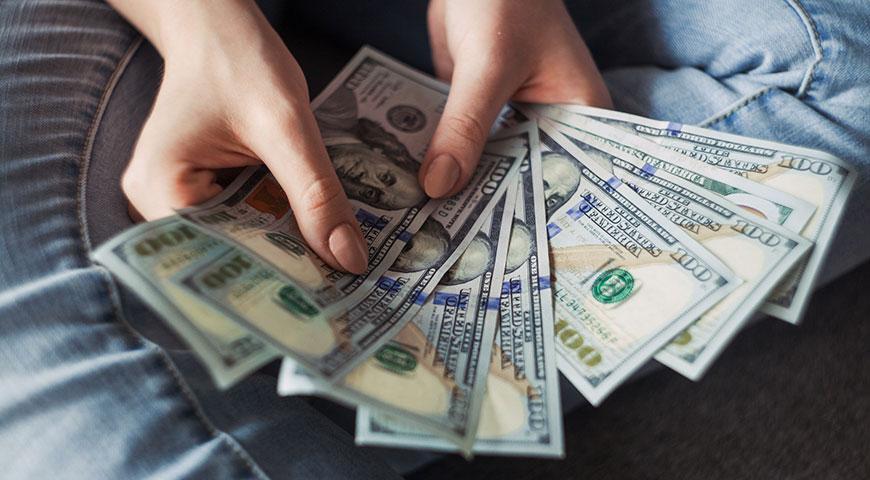 Overhold budgettet – sådan sparer du penge på ferien