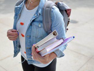 element5 digital jCIMcOpFHig unsplash 326x245 - Prøv den populære Eastpak skoletaske